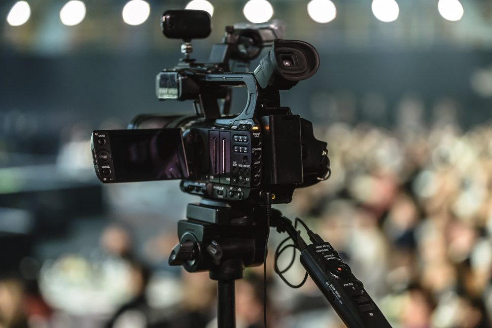 Image thumbnail to represent blog post Commercial Video Production – Get The Edge With Broadcast Quality Filming